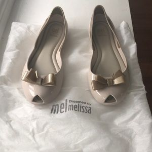 Girls Melissa jelly shoes. NEW condition